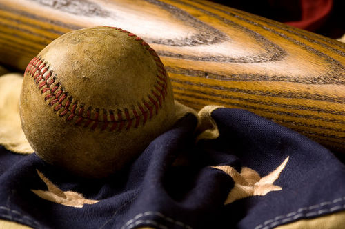 bigstockphoto_vintage_baseball_background_2791628_s600x600.jpg