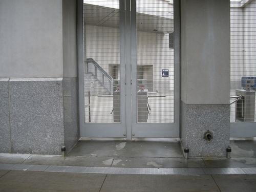 empty gate 4511.JPG