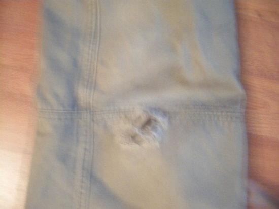 ripped pants 41411.JPG