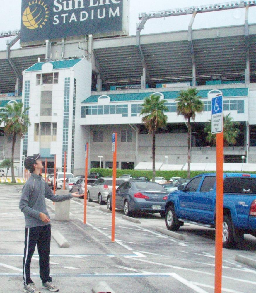 7/7/11 Astros at Marlins: Sun Life Stadium (1/6)