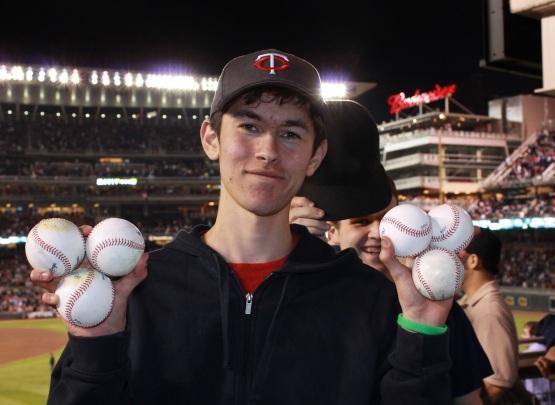 42613 Baseballs in RF