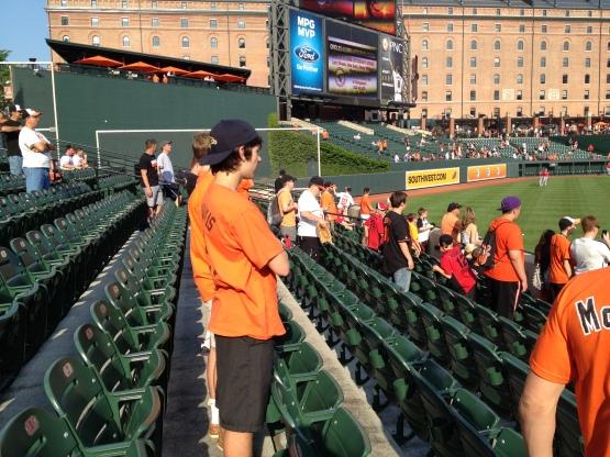 53013 Frack-ton of fans