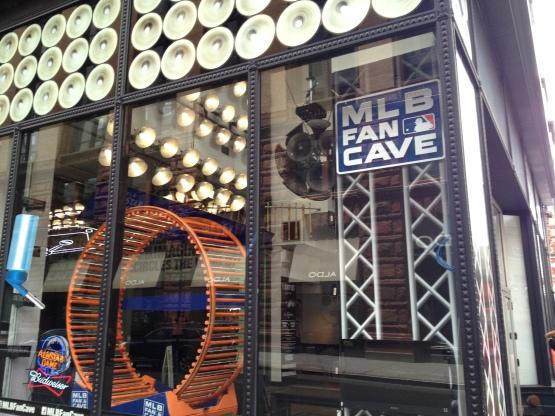 71413 MLB Fan Cave